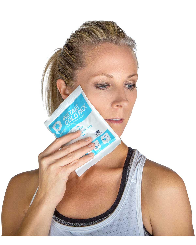 کاهش درد دندان با کمپرس یخ